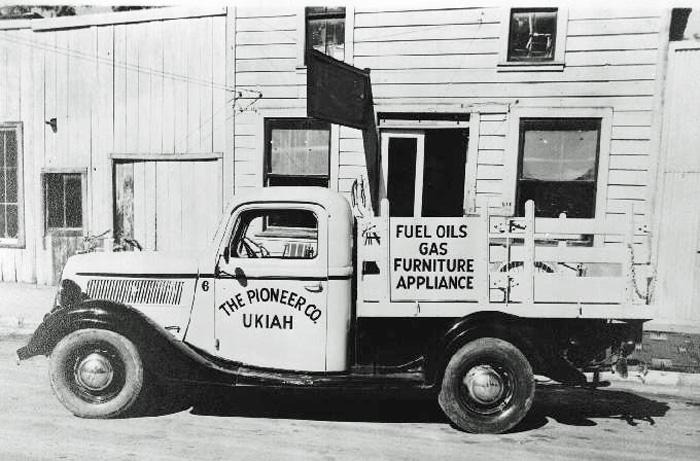 PioneerTruckUkiah1940